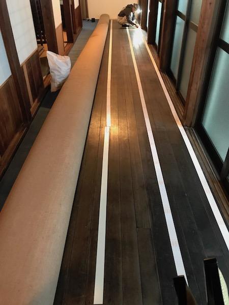 福岡お寺 カーペット貼り工事