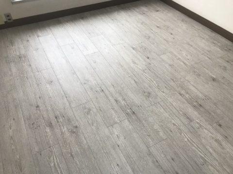 店舗 木目調塩ビタイル貼り 福岡
